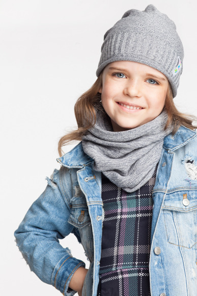 Girl's set- hat and tube scarf