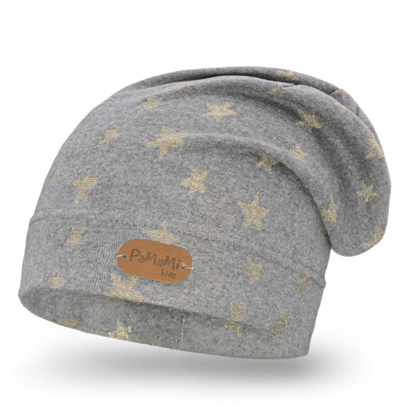 Kids' hat with star pattern