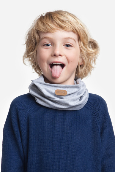 Light grey kids' tube scarf
