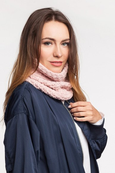 Women's tube scarf